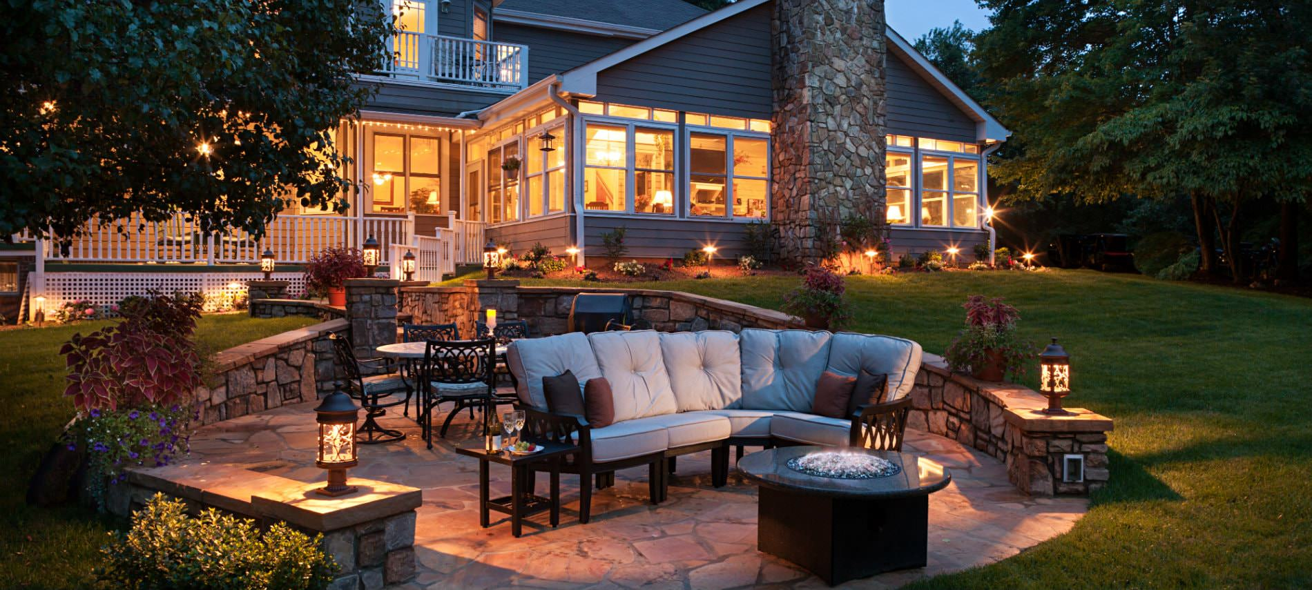 Night view of the Andon-Reid Inn patio and firepit